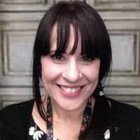 Bereavement Worker – Amanda Cushing Profile Page